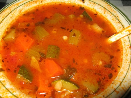 My vegetable soup: tomatoes, carrot, zucchini, celery, green bean, etc ...