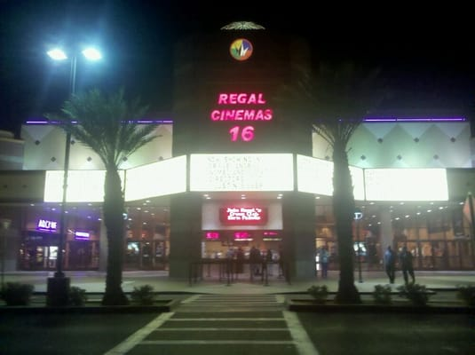 Cinemagic Stadium Theaters website with showtimes, restaurants, IMAX, theater rentals, gift cards, ratings, news, and contacts.