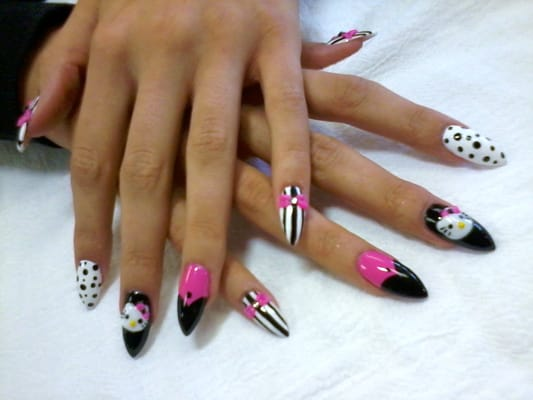 Hello kitty nails with 3d bow