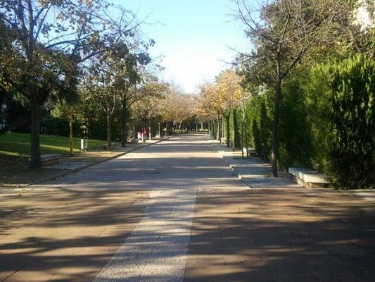 Parque de benicalap benicalap valencia yelp for Piscina parque benicalap