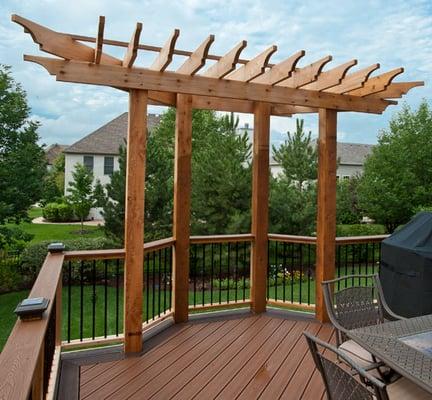 Trex Deck With Accent Deck Border And Decorative Cedar