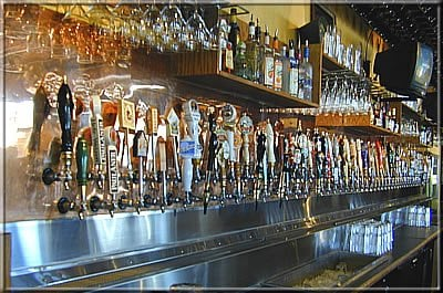 Barley s brewhaus 102 reviews american traditional for Elite food bar 325 east 48th street