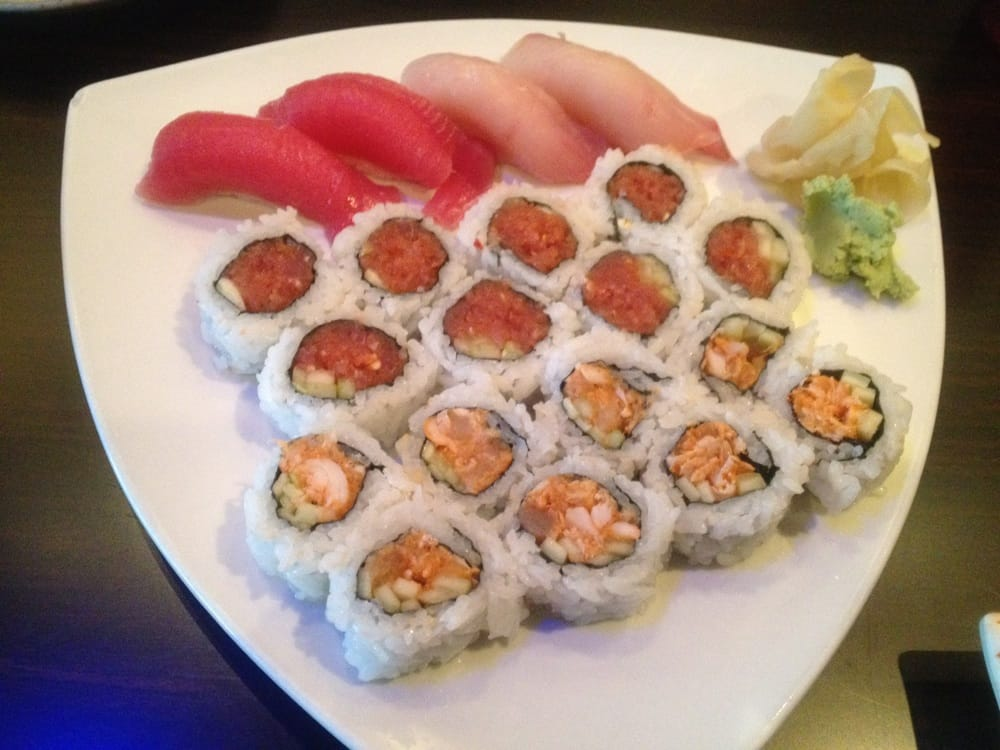 Spicy albacore roll spicy tuna roll tuna sushi and for Yellowtail fish sushi