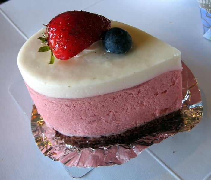 Strawberry yogurt mousse | Yelp