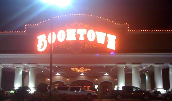 Boomtown casino shreveport entertainment