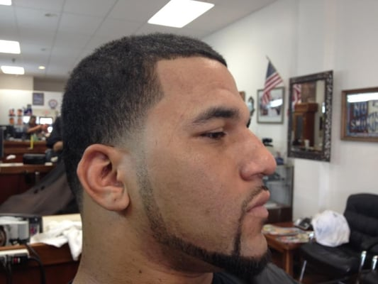 Barber Line Up : Taper with beard line up Yelp