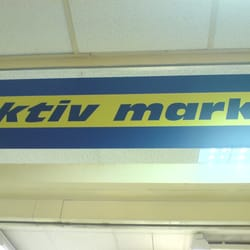 Edeka-Aktiv-Budie, Berlin, Germany