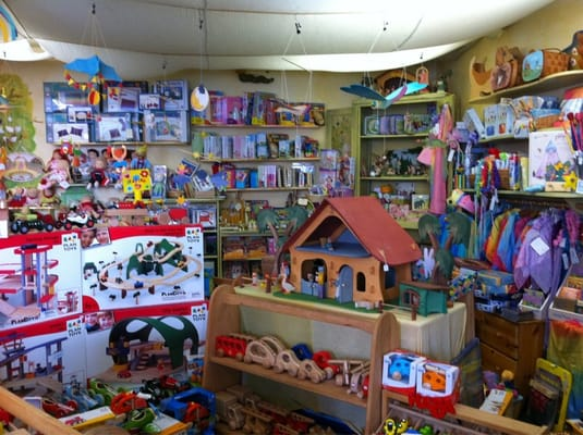 the acorn store toy stores santa monica ca yelp. Black Bedroom Furniture Sets. Home Design Ideas