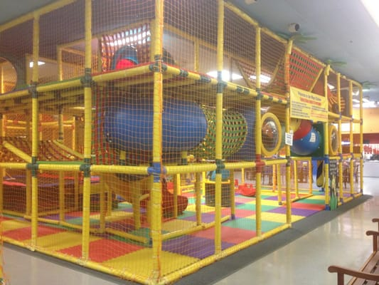 Bentley s playland laser tag closed playgrounds for Ball pits near me