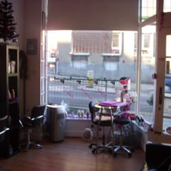 Glow Hair Nail's & Beauty, Falkirk, UK