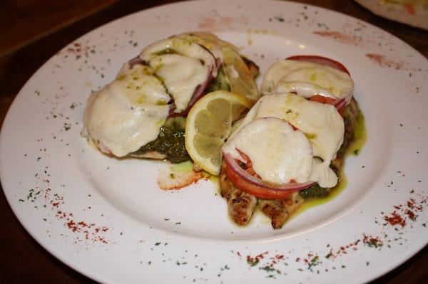 Pesto (Grilled Chicken with tomatoes, pesto, & melted fresh Mozzarella ...