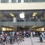 The Apple Store in Munich City Center.