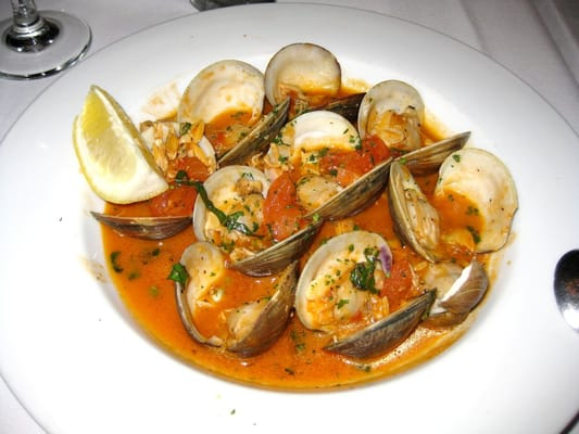 - clams sauteed with white wine, tomatoes, basil, clam juice, garlic ...