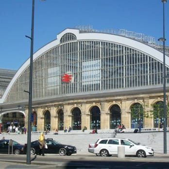 The newly refurbished entrance to Lime Street Station