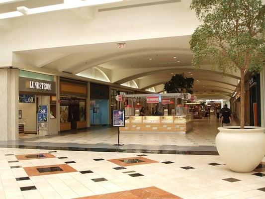 The Fashion Square Mall Movie Theater