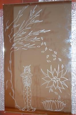Gravure sur miroir cadeau personnalis chinoise yelp for Gravure sur miroir