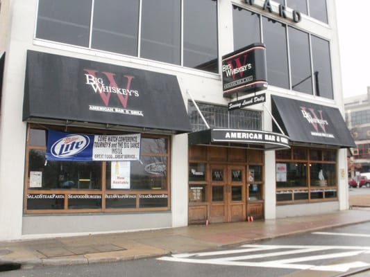 Big whiskey s little rock sports bars little rock ar for Big whiskey s