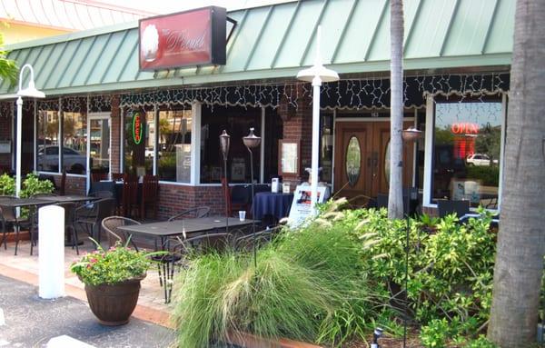The Pearl Restaurant Treasure Island