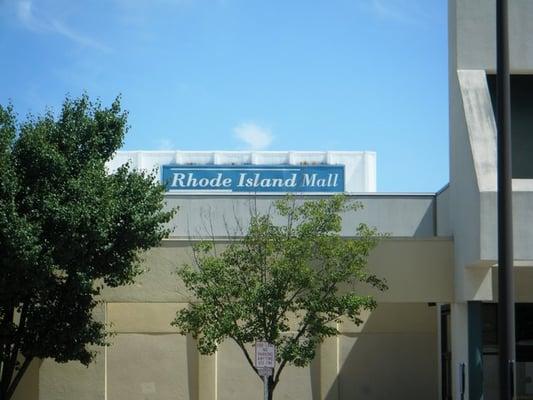 Malls Near Warwick Rhode Island