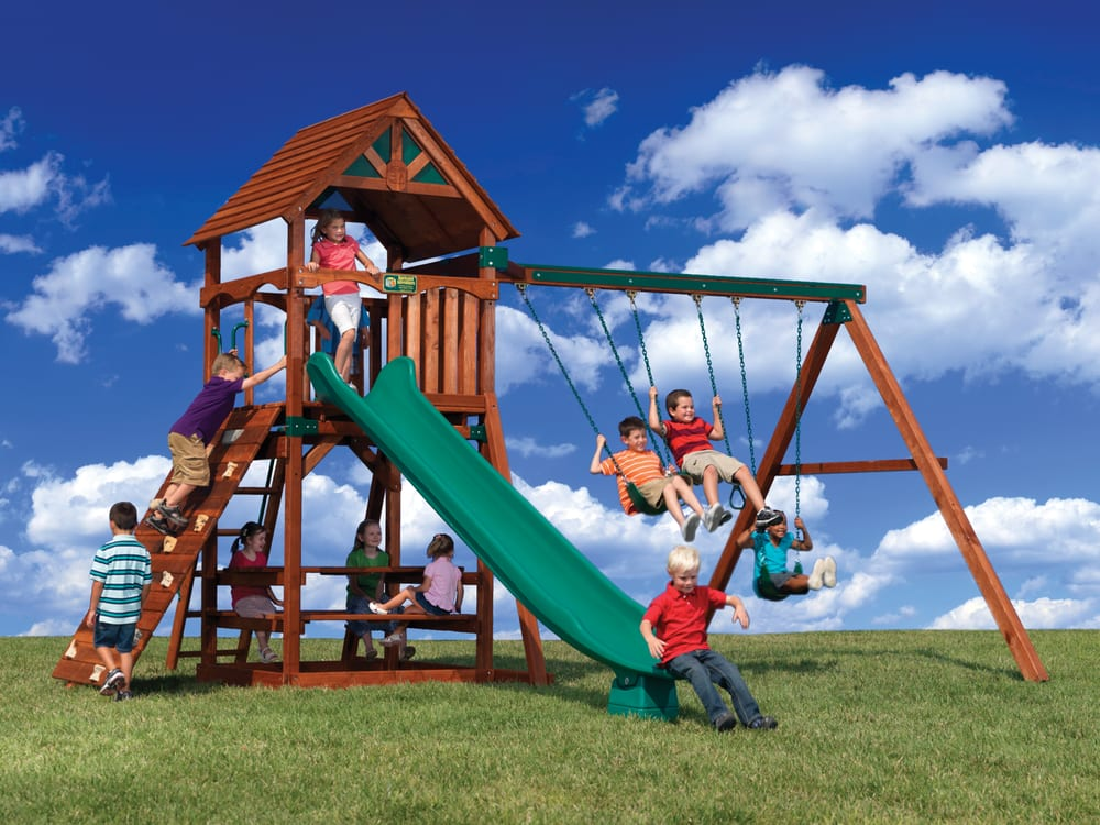 Olympian tree house picnic table rock wall swing set for Tree house swing set