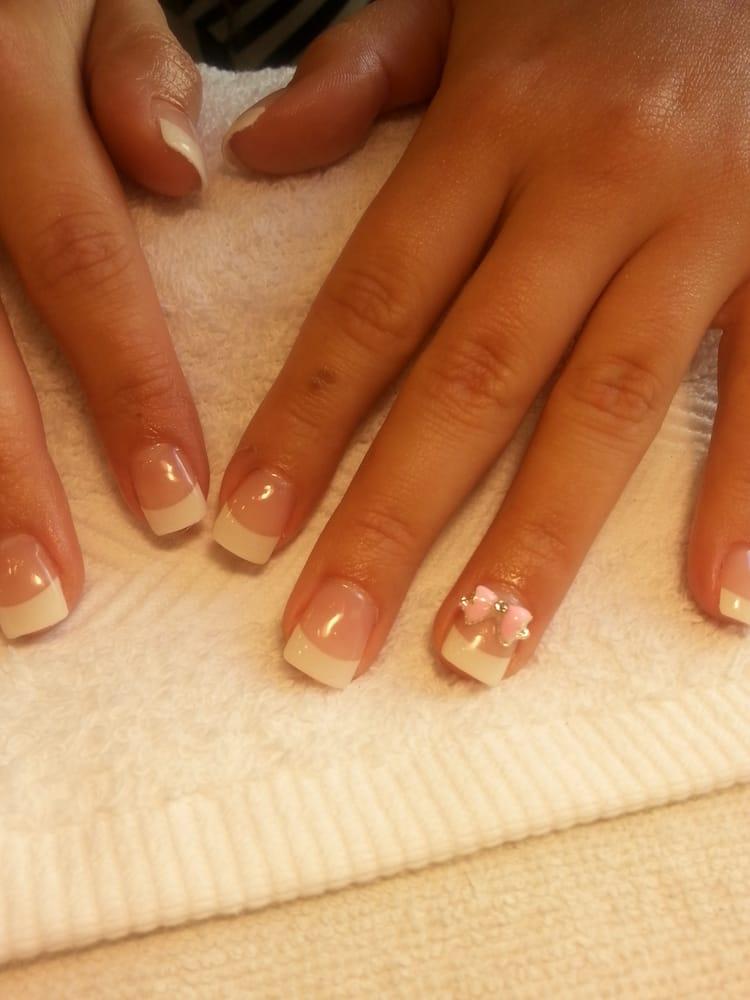 White tip acrylic nails set w 3d charm nail art overlay for Acrylic toenails salon