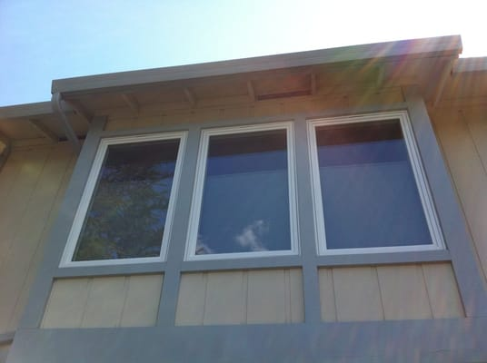 Advanced window systems belmont 591 5253 milgard vinyl for Buy new construction windows online