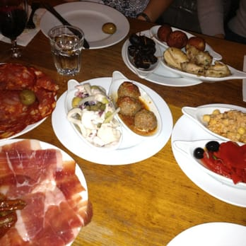Great selection of tapas and house wines!