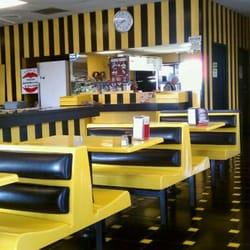 New flooky s restaurant 25 photos burgers canoga for Home decor 91304
