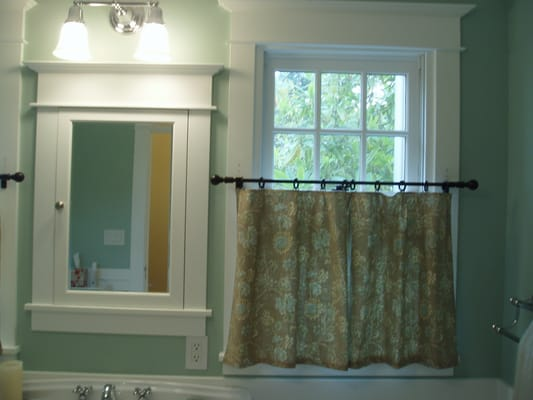 Custom Sewn Cafe Curtains Add The Perfect Touch To This