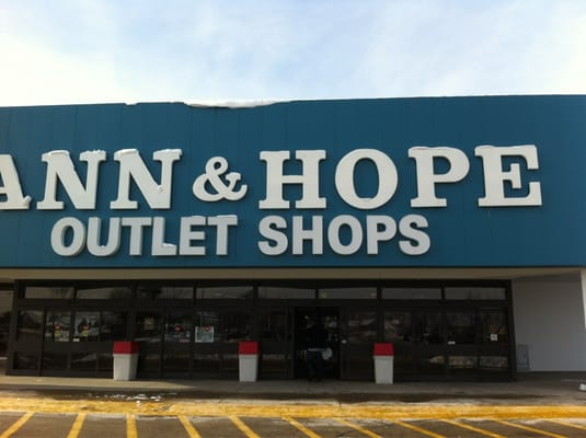 Ann & Hope Curtain & Bath Outlet - Photos - Yelp