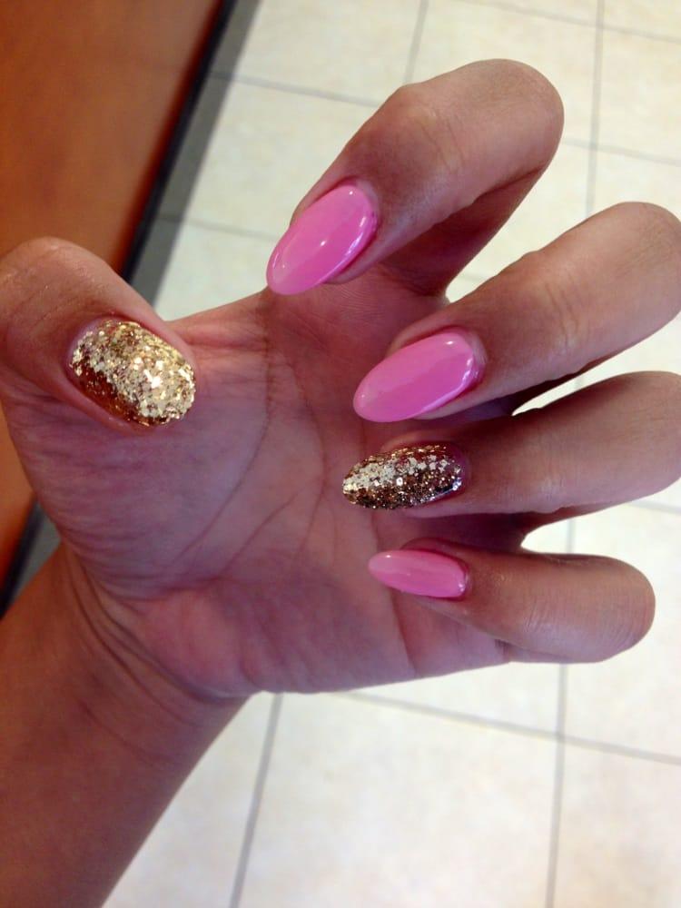 Acrylic nails designs pink