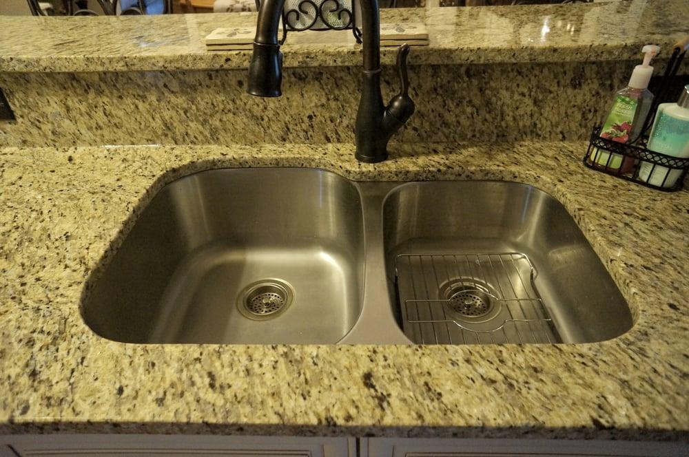 Places To Buy Granite Countertops Near Me : 3CM New Venetian Gold Granite Countertops; Undermount Kitchen Sink ...