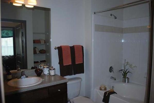 Lavish Bathroom Roman Soaking Tubs Yelp