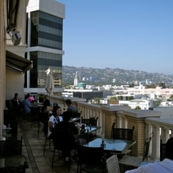 Barney greengrass restaurant beverly hills beverly for Fish grill beverly