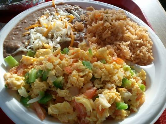 Huevos Mexicanos comboHuevos Mexicanos