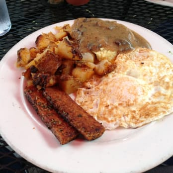 Melanie s food fantasy breakfast brunch boone nc for Appalachian cuisine