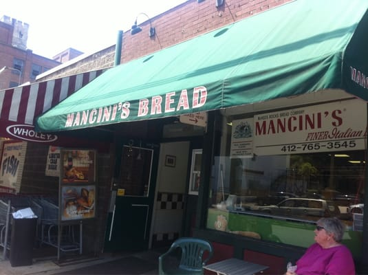Mancinis bread the strip district