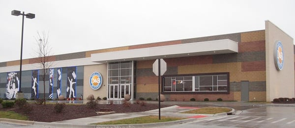 Feb 18, · Dave & Buster's, Orland Park: See 16 unbiased reviews of Dave & Buster's, rated of 5 on TripAdvisor and ranked # of restaurants in Orland Park/5(16).