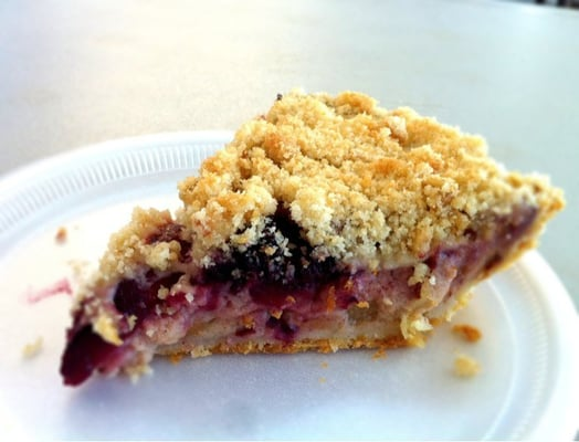 Buttermilk Apple Berry Crumble Pie | Yelp