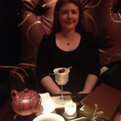 Her Majesty's Cup - served in cute teapots