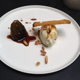 Perl Las Bavarois, Honey Roast Fig & Pine Nuts