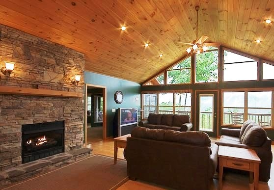 E6 89 8B E5 B7 A5 E6 8A 98 E7 BA B8 E8 8E B2 E8 8A B1 E5 9B BE E8 A7 A3 further Amenager Une Piece Avec Un Haut Plafond Design besides Roof Truss further Located in santa rosa california this modern likewise 50 Decorating Ideas For Small Living Rooms. on 50 cathedral vaulted ceiling designs