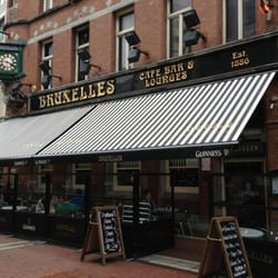 Bruxelles, a new awning