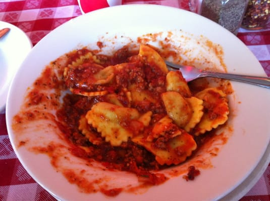 ravioli w bechamel and meat sauce baked ravioli with meat sauce ...