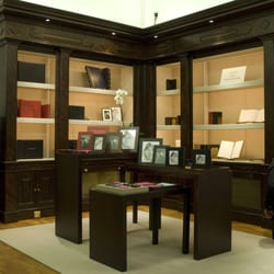 Smythson of Bond Strreet (interior)