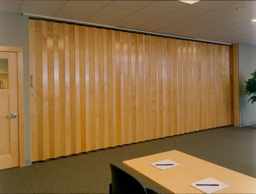 Folding doors room dividers accordion folding doors - Room divider doors ...
