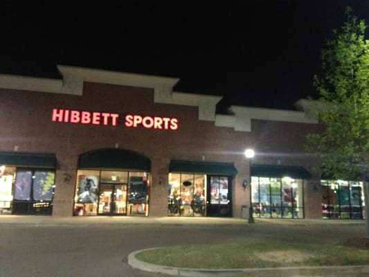 Our Booneville, MS, Hibbett Sports is conveniently located in the 2nd Street Plaza at the intersection of N. Second Street and N. College Street, close to Walmart. Hibbett Sports is one of the fastest growing retailers in the country, with over 1, stores in 34 instructiondownloadmakerd3.tkon: Walmart Cir, Booneville, MS