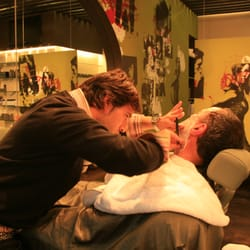 A relaxing hot towel shave at Genco Male Groomnig