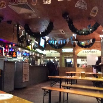 Quiet evening, I guess everyone is at the real Oktoberfest