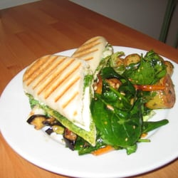 PANINI AND DAILY SALADS